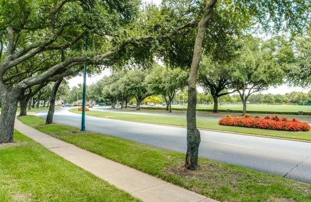 Village Hill Apartment Dallas