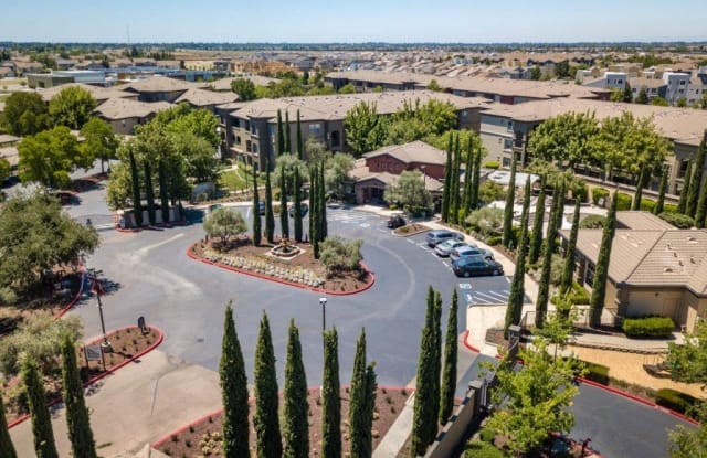 Villagio Luxury Apartments Apartment Sacramento