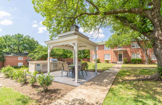 Virginia Manor Apartment Dallas
