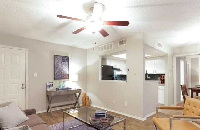 W Flats Apartment Charlotte