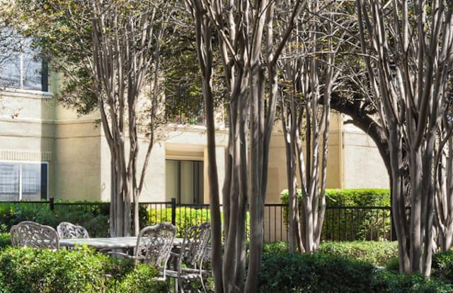 Waters Park Apartment Austin