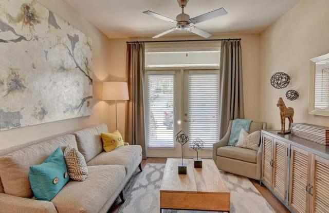 West End Village Apartment Nashville
