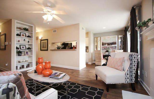 Westmount at London Park Apartment Houston