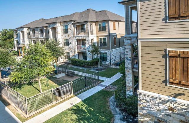 Westover Oaks Apartment San Antonio