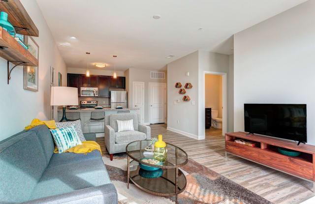 Whetstone Flats Apartment Nashville