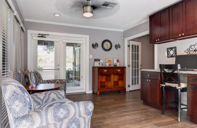 Wilshire Park Apartment Houston