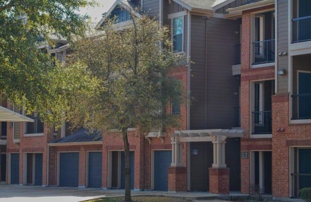 Woods of Five Mile Creek Apartments Apartment Dallas