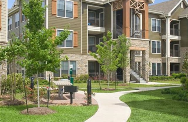 Yorktown Crossing Apartment Houston
