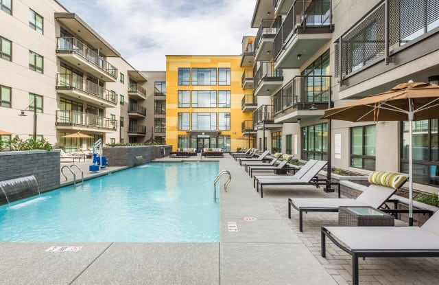 iLuminate Apartment Phoenix