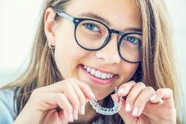 Invisalign vs. Braces: What's the Difference?