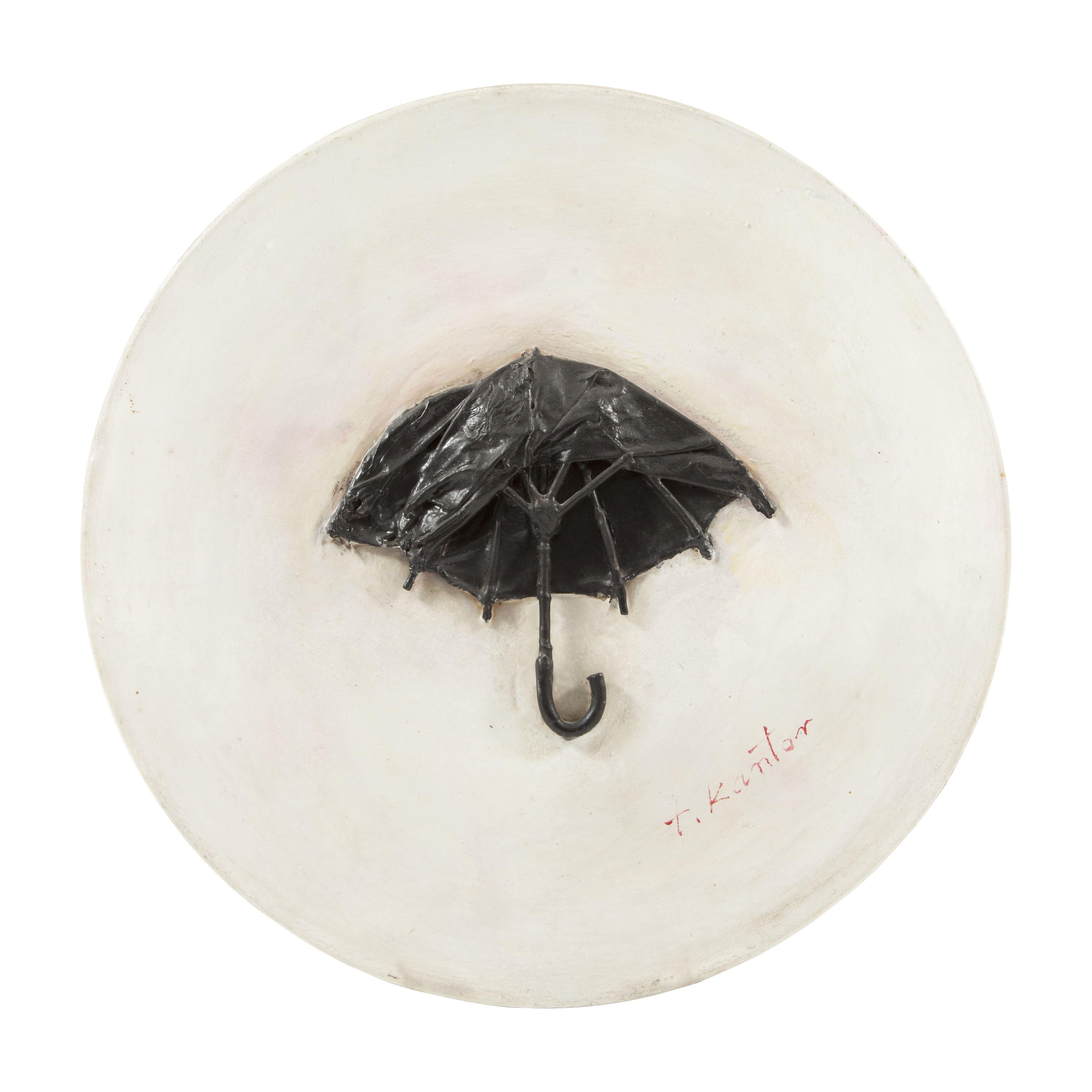 Tadeusz Kantor, Ambalaż z parasolem, 1973