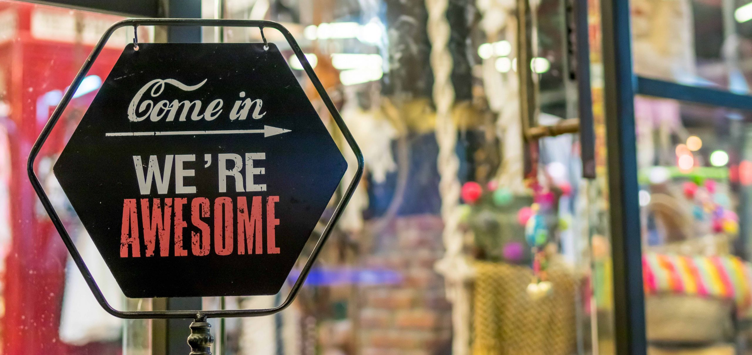 How to Promote Your Business Locally: 9 Local Marketing Ideas Proven to Work