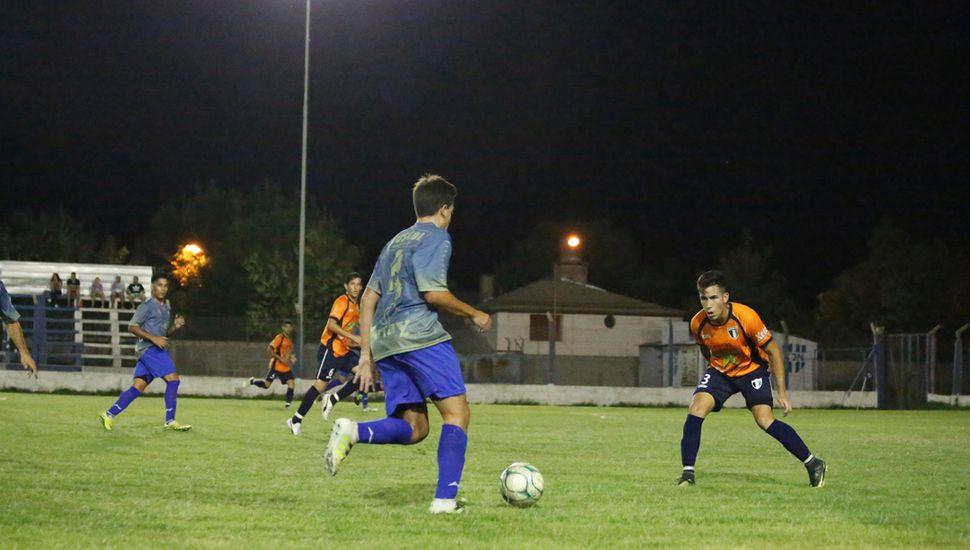 ¿Se juega bien en el fútbol local? Responden cuatro especialistas.