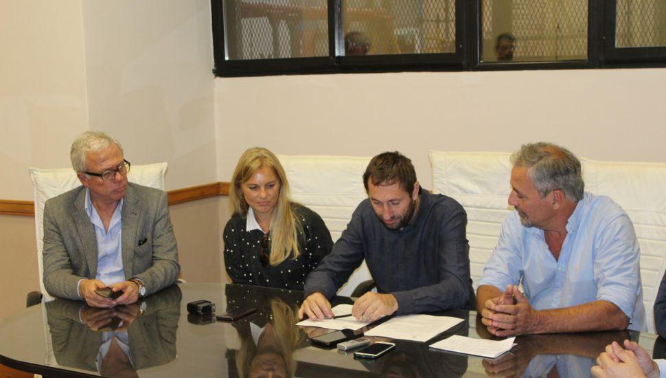 Claudio Rossi recibió la visita de funcionarios nacionales