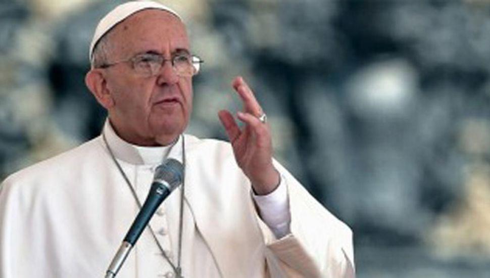 """El Papa llamó a combatir el """"cáncer de la corrupción"""""""