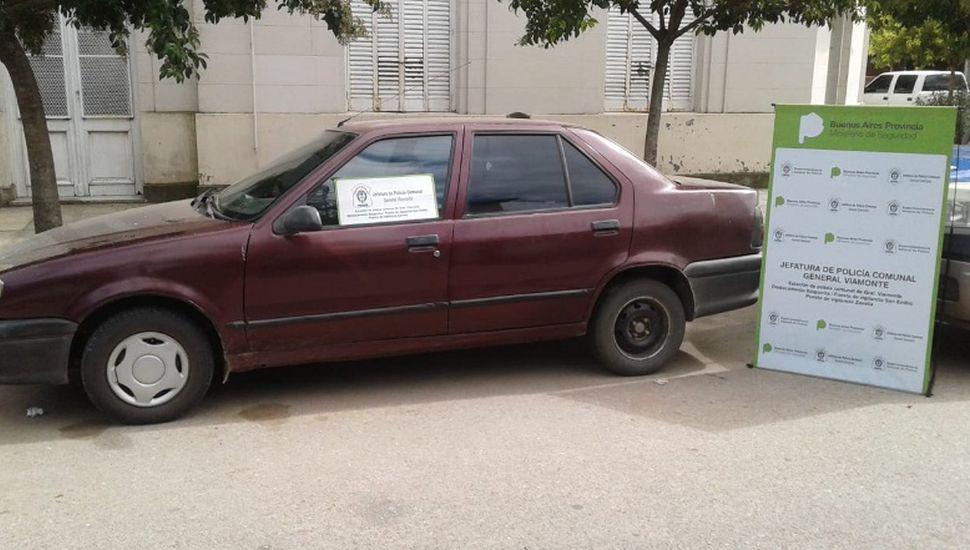 Secuestran auto con patente falsa y motor sin numeración