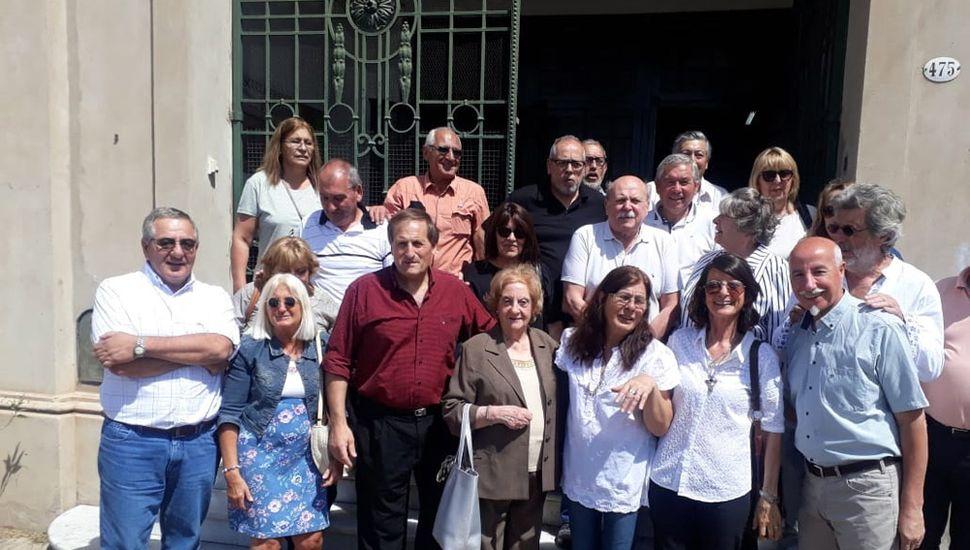Ex alumnos de la Escuela Centenario.