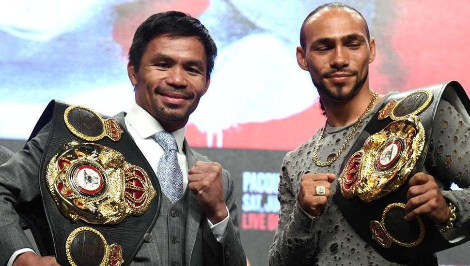 Manny Pacquiao (izquierda) y Keith Thurman prometen una gran batalla en Las Vegas.