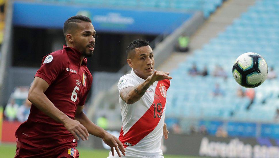 Venezuela y Perú debutaron con un empate.