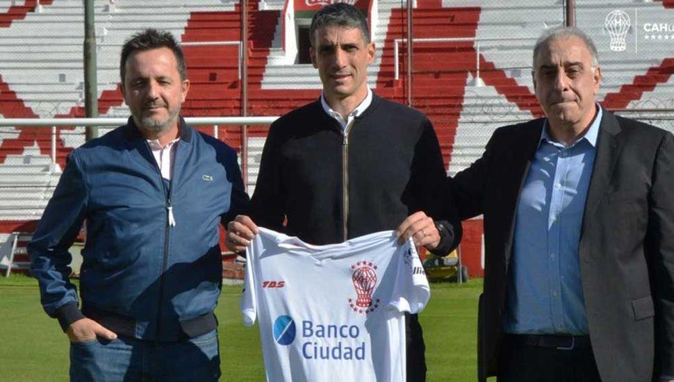 Juan Pablo Vojvoda, nuevo DT de Huracán.