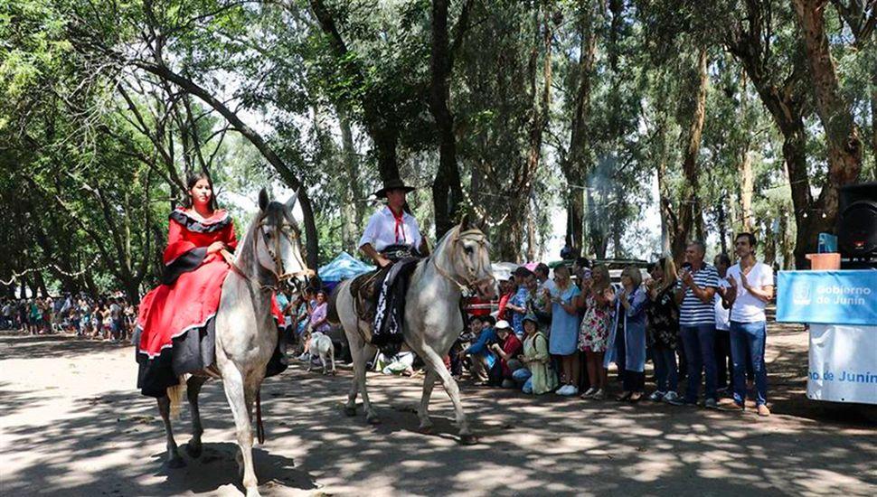 Desde las 10 de hoy se realizará el desfile tradicionalista.