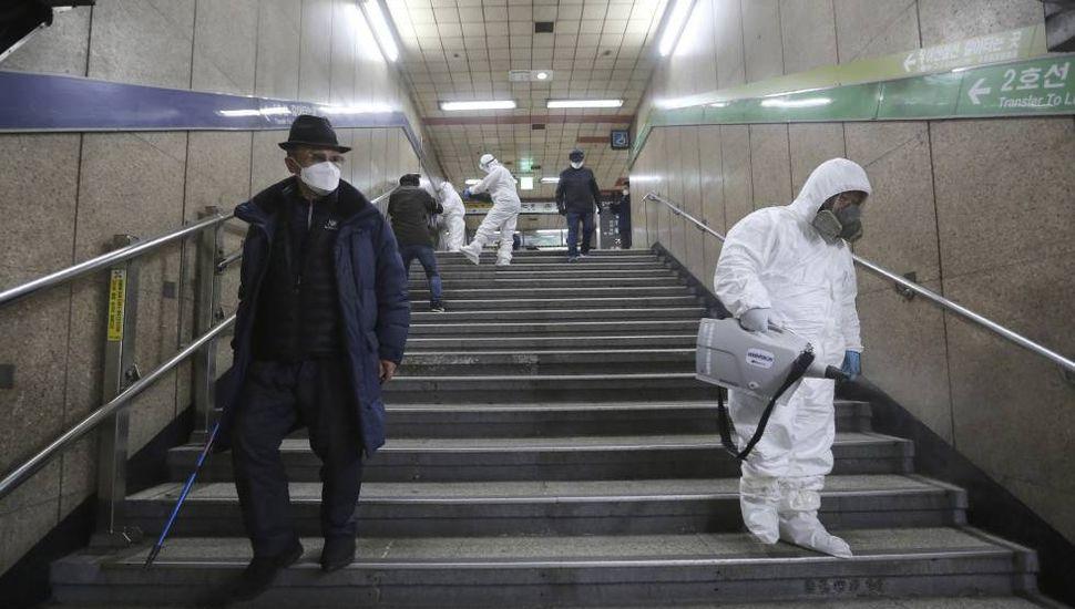 Seguidora de secta, sospechosa de multiplicar los contagios del coronavirus en Corea del Sur