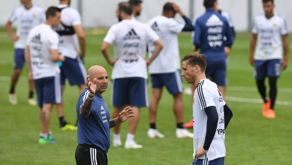 Argentina ya tiene el equipo para el debut en el Mundial
