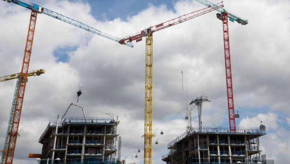 La economía creció 4,3% en agosto, empujada por la construcción
