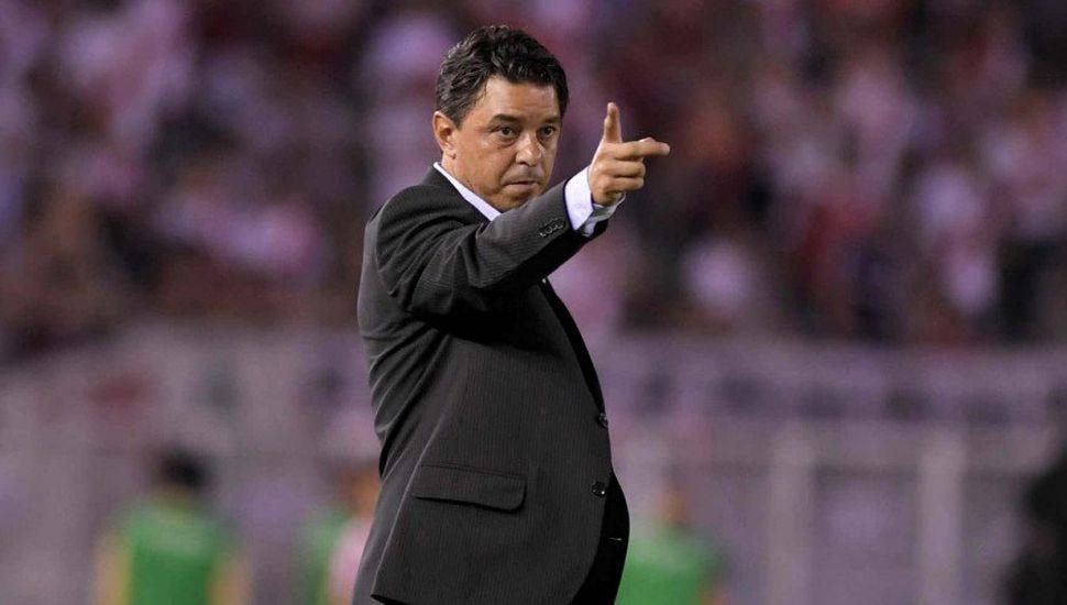 Gallardo cambia a todo el equipo para enfrentar a Arsenal