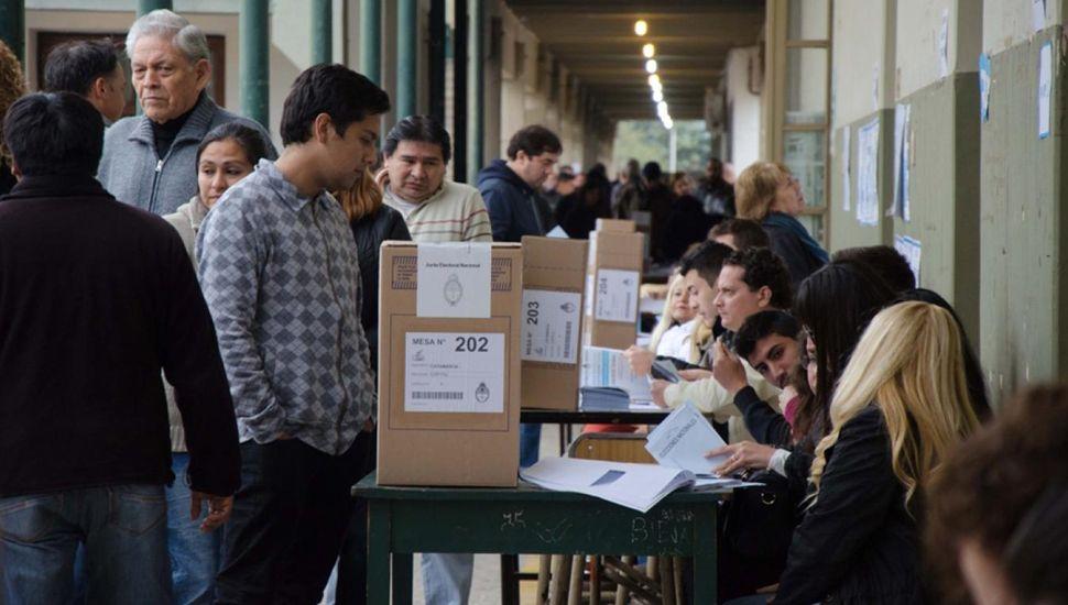 Los argentinos votarán este domingo para renovar autoridades nacionales, provinciales y municipales.