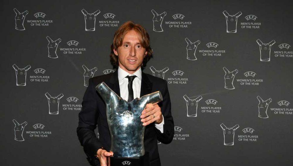 El croata Luka Modric fue elegido el mejor futbolista de Europa