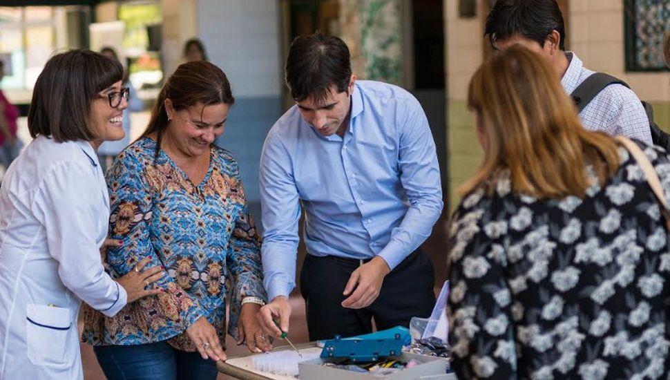 Entregaron kits de robótica para las escuelas de General Viamonte