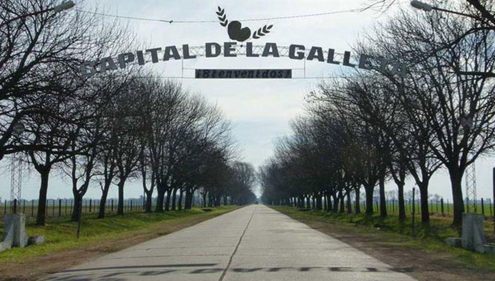 Rafael Obligado se prepara para una celebración que se repite noviembre tras noviembre, desde 1971.