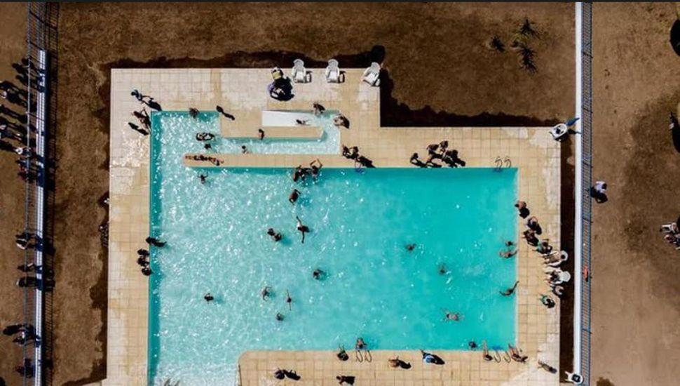 Inauguraron el natatorio municipal de Iriarte