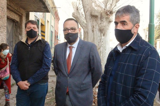 Luis Chami, Esteban Pedernera y Andrés Rosa llevan adelante la investigación.
