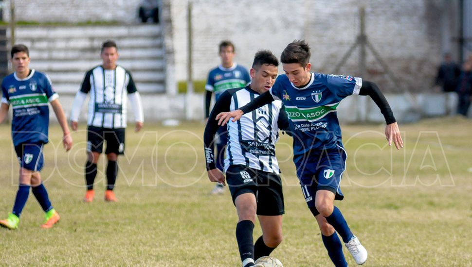 Escena del duelo entre Moreno y BAP que terminó sin goles.