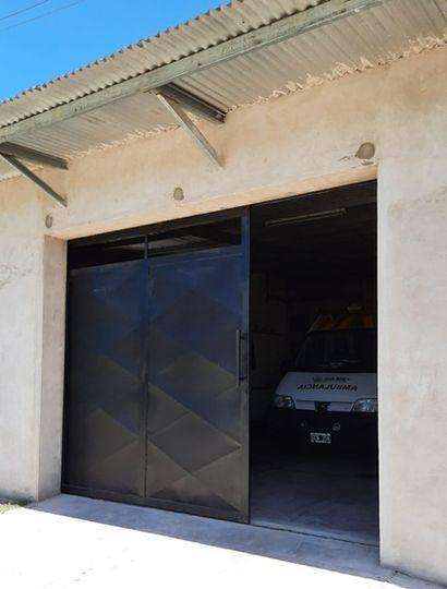 Desde la Fundación Cargill aportaron los portones para el estacionamiento de ambulancias y parte del equipamiento para la renovada cocina.