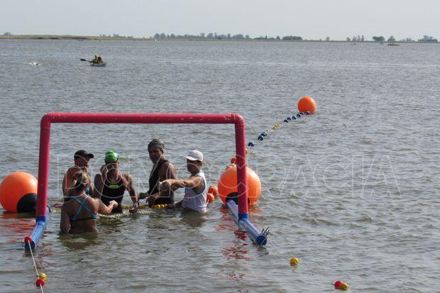 La llegada del nadador bragadense.