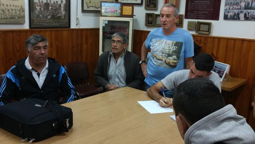 Claudio Yópolo, en el inicio de la preparación de los árbitros de la entidad madre.