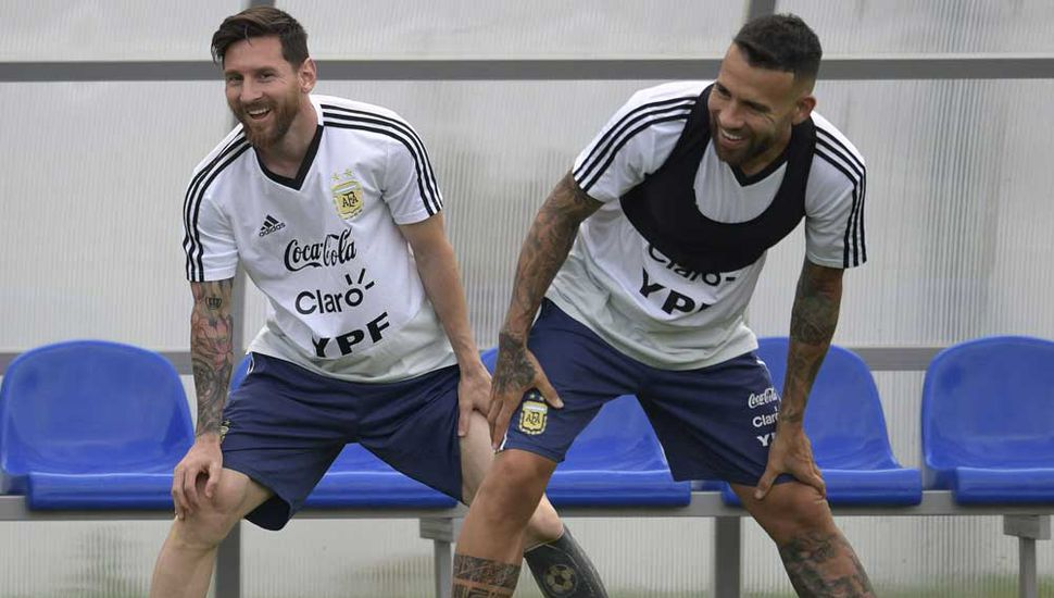 Lionel Messi y Nicolás Otamendi, referentes en Argentina.