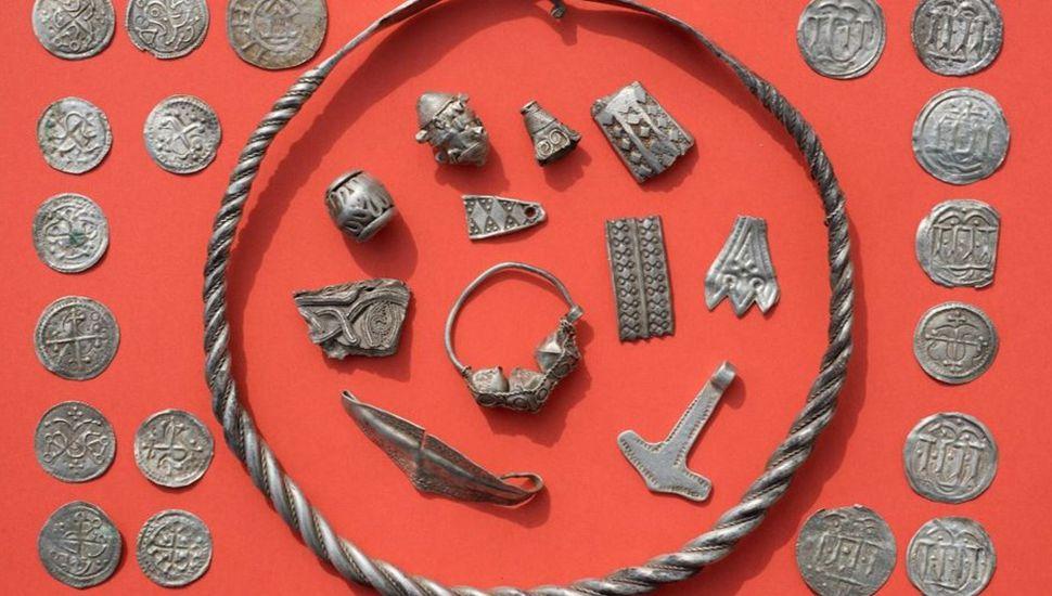 Alemania: un chico de 13 años descubrió un tesoro de un rey danés del siglo X
