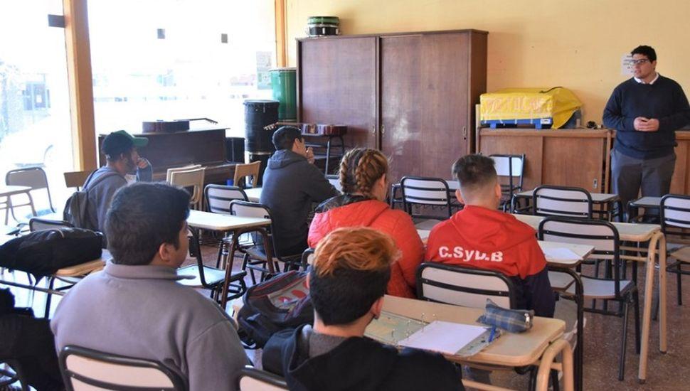 Comenzó el curso de Introducción al Trabajo en Ameghino