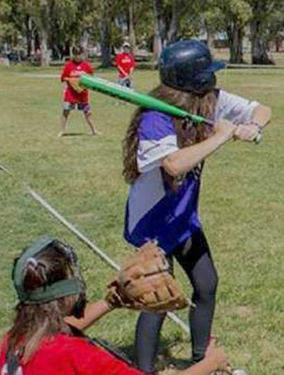 La Liga Infantil de sóftbol habrá de iniciarse mañana.