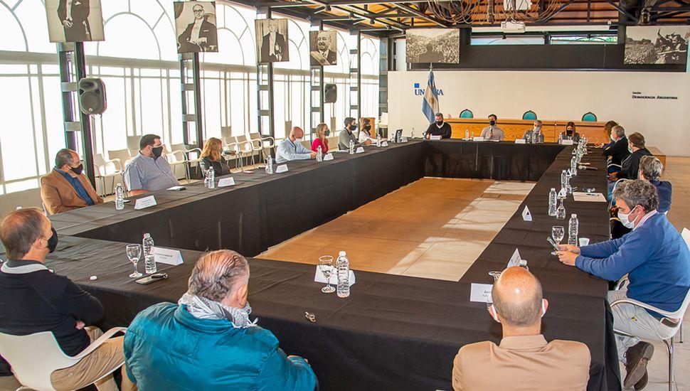 El rector de la Unnoba, Guillermo Tamarit, destacó que el encuentro representa
