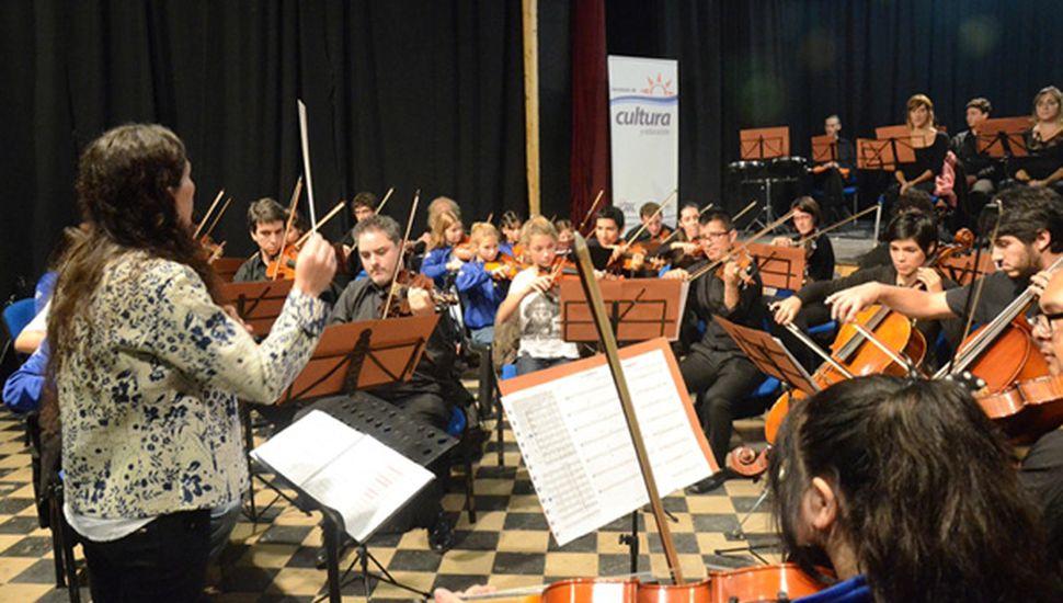 Orquesta Escuela, en una de sus presentaciones.