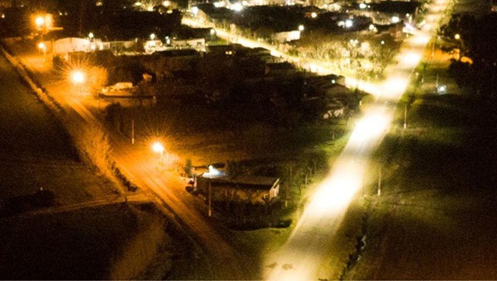 Luces LED en calles de Zavalía.