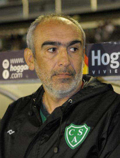 Sarmiento sigue entrenando y repetiría equipo el sábado, ante Chacarita Juniors