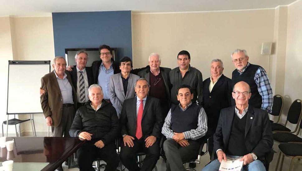 Miembros de las Entidades Médicas se reunieron de urgencia tras la fusión de los ministerios.