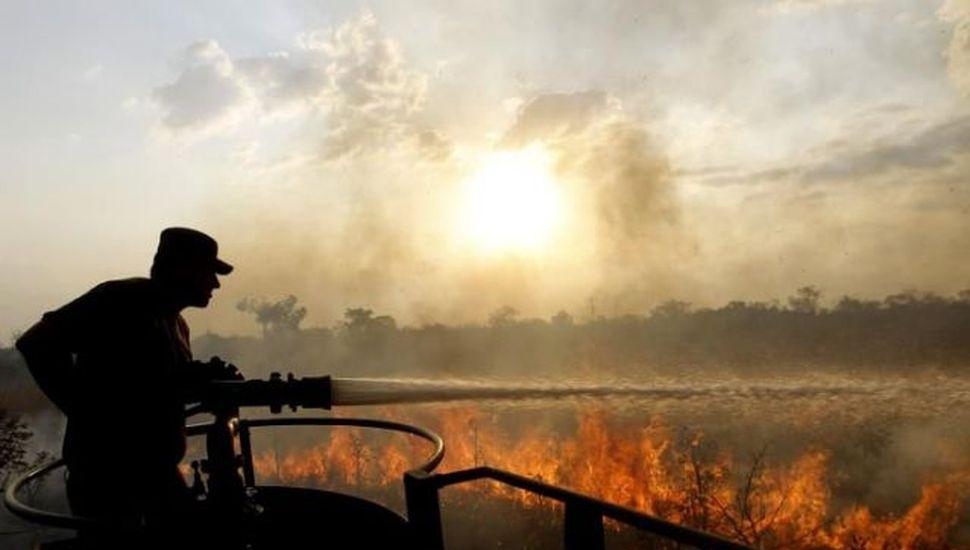 Protestarán hoy frente a la embajada de Brasil por incendios en la Amazonia