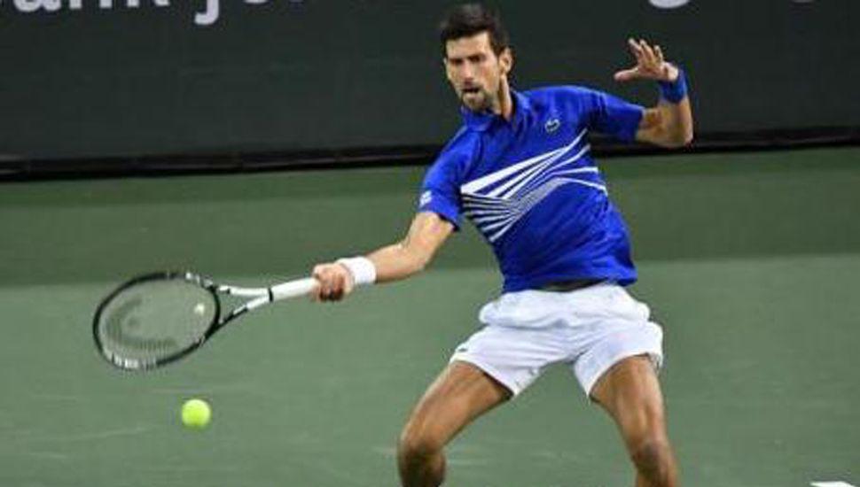 Novak Djokovic superó en cuatro sets al español Roberto Bautista Agut y es finalista.